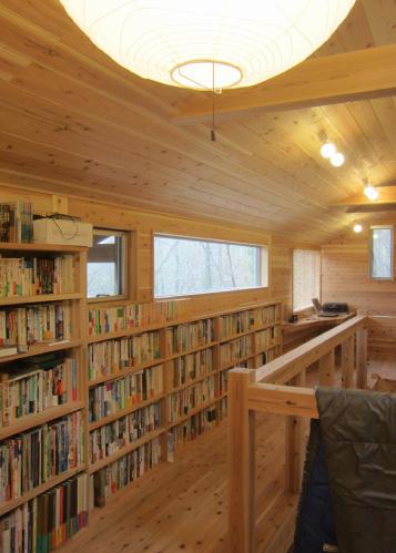 セカンドハウスの2F,本棚,内装